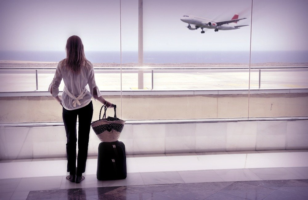 woman_in_airport